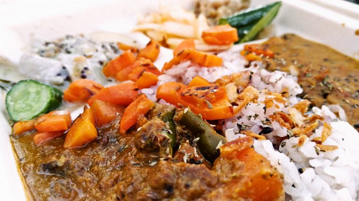 スパイスの効いたVEGAN料理、完全菜食・無化調